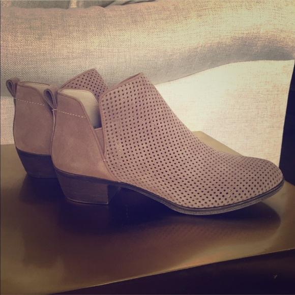 75ca6527d811 bp Shoes - BP. Faren Bootie - Taupe - Size 7.5